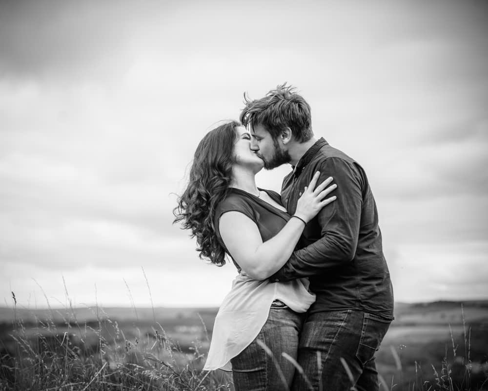 Kisses on moorlands, Sheffield wedding photographers