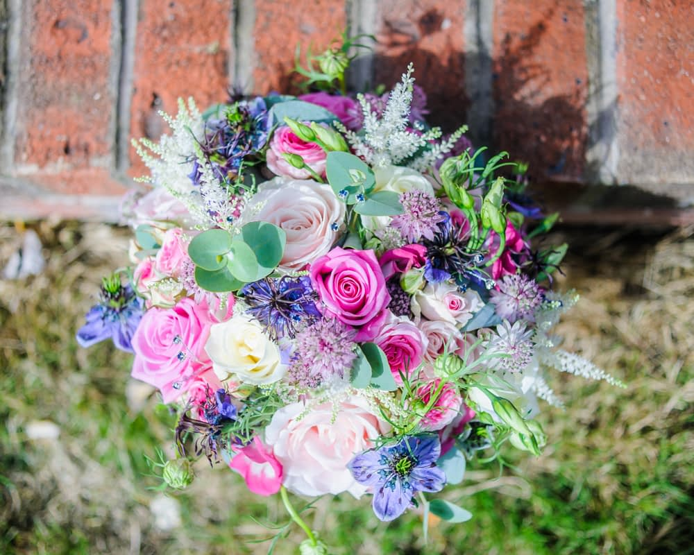 Brides bouquet, Sheffield wedding photographers