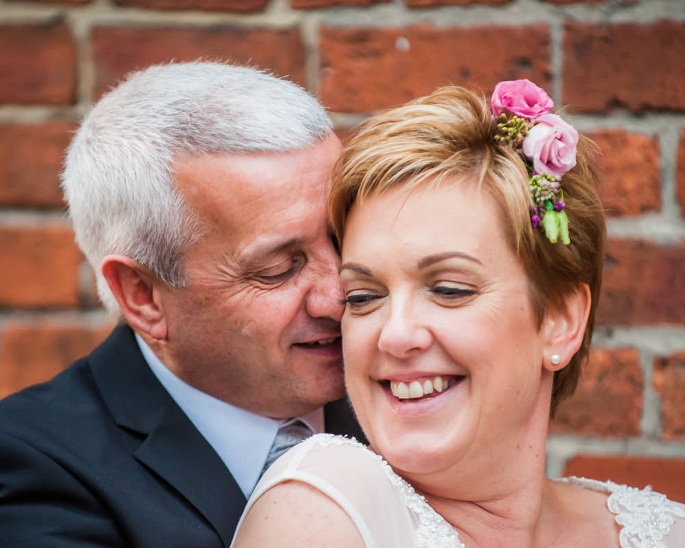 Wedding snuggles, Chimney House, Sheffield wedding photographers