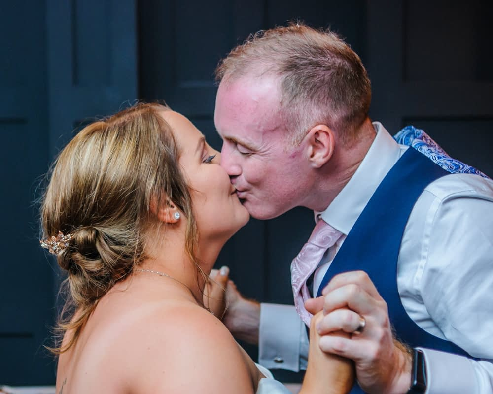 Kisses, Sheffield wedding photography