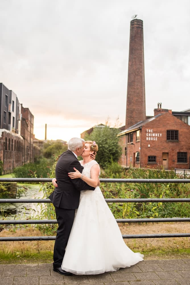 Kisses in Kelham Island, Chimney House, Sheffield wedding photographers