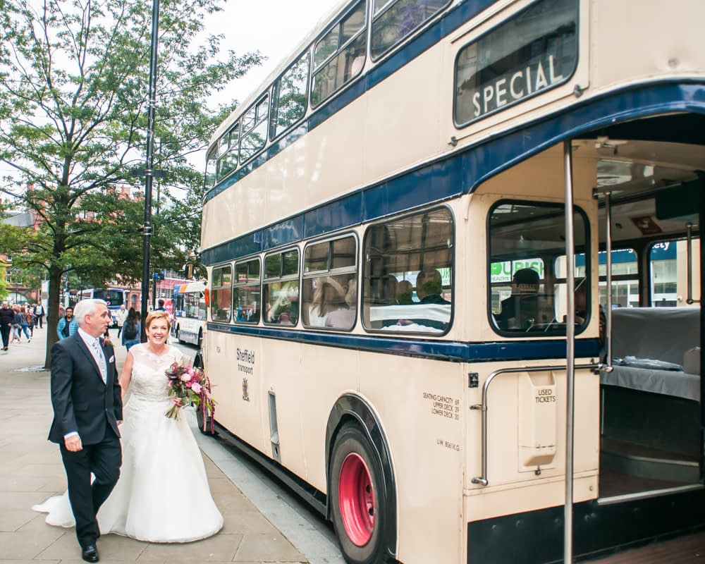 Vintage bus, Sheffield wedding photographers