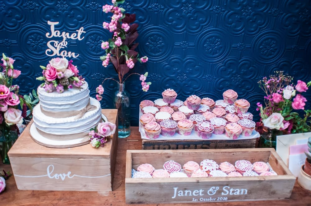 Cake table, Chimney House, Sheffield wedding photographers